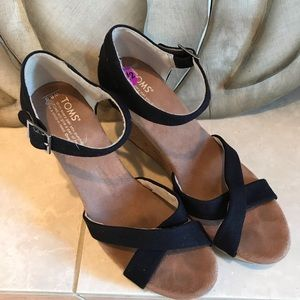 Toms Sienna Wedge Sandal Black 8.5 W
